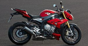 2014-BMW-S1000R-featured