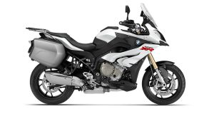 2015-BMW-S1000XR-featured