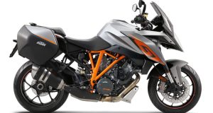 KTM-1290-Super-Duke-GT-left-featured
