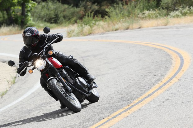 With its 942cc V-twin designed for cruiser duty, the SCR950 prefers to be short-shifted to ride the wave of low-end torque. Handling is nimble, but the pegs touch down early.