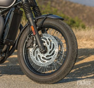 Pirelli Sportscomp tires lend a vintage look.