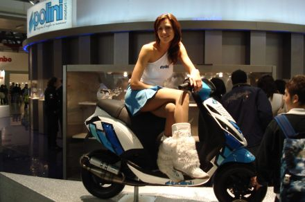 Fast Cars And Girls Wallpaper Polini Scooters Ridingirls