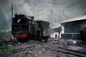 Lokomotif tua di Stasiun Padang panjang