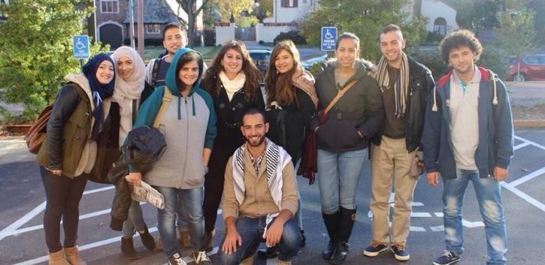 2105 Tour: R2E students