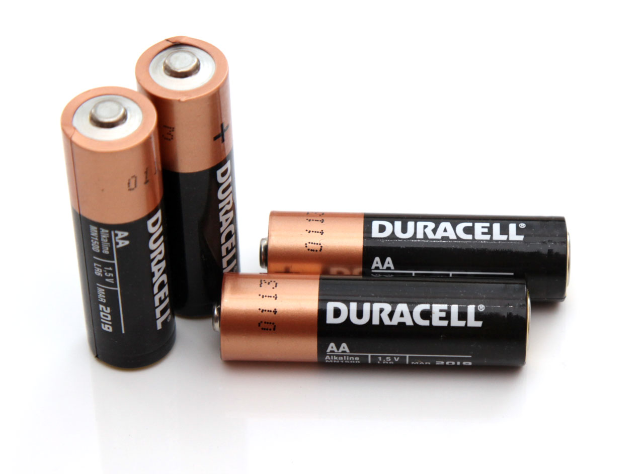 Batterie Aa 1 5v Aa Duracell Alkaline Battery Tests Rightbattery