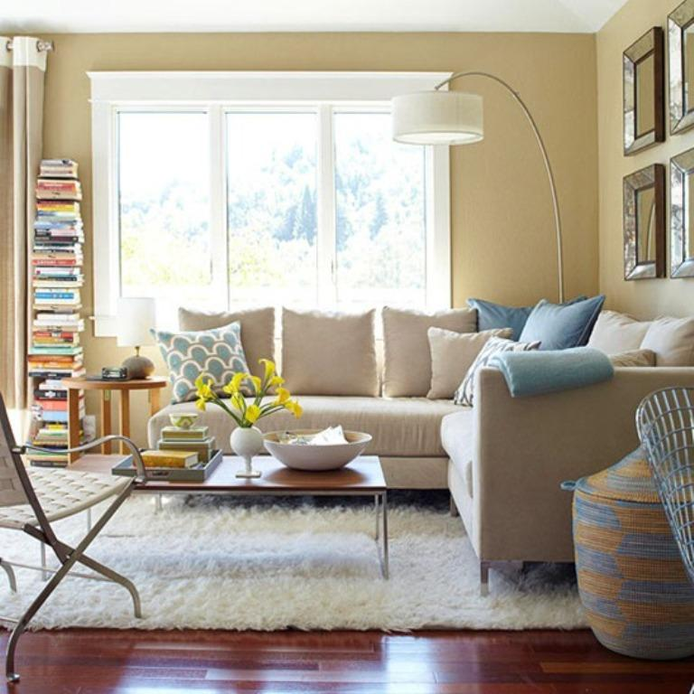 Dazzling Living Rooms with White Flokati Rug - Rilane - modern country living room