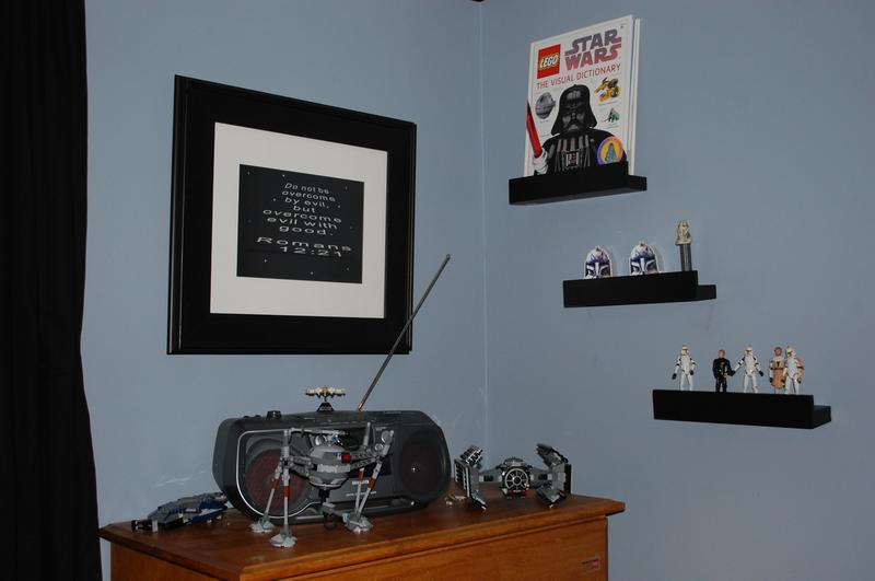10 Star Wars Bedroom Ideas - Rilane - star wars bedroom ideas