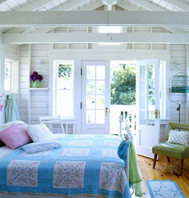 15 Ecstatic Beach Themed Bedroom Ideas - Rilane - beach themed bedrooms