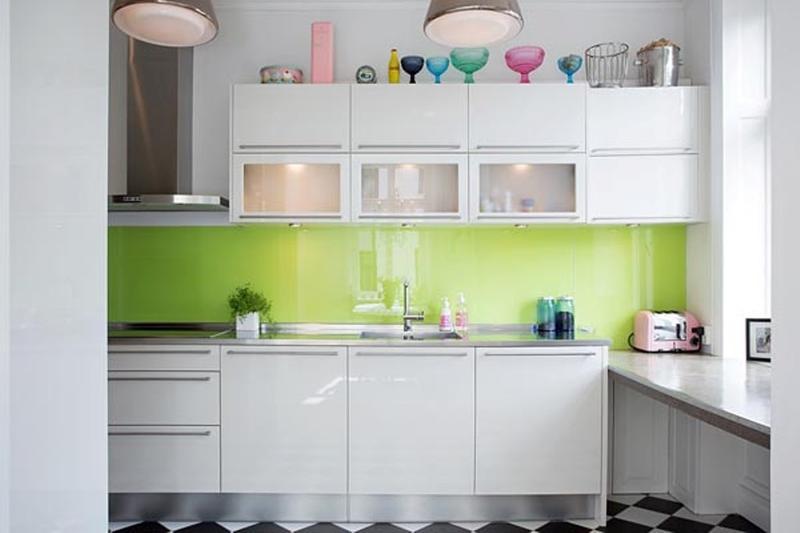 18 Briliant Small Kitchen Design Ideas - Rilane - kitchen designs for small spaces