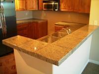 10 Glossy Tiled Kitchen Countertops - Rilane