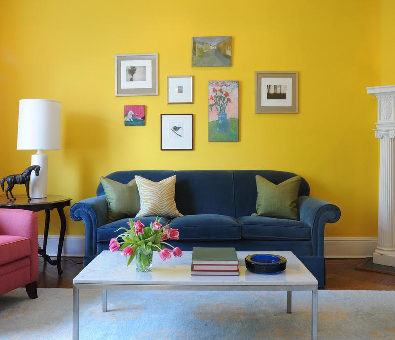 20 Charming Blue and Yellow Living Room Design Ideas - Rilane - yellow living room walls