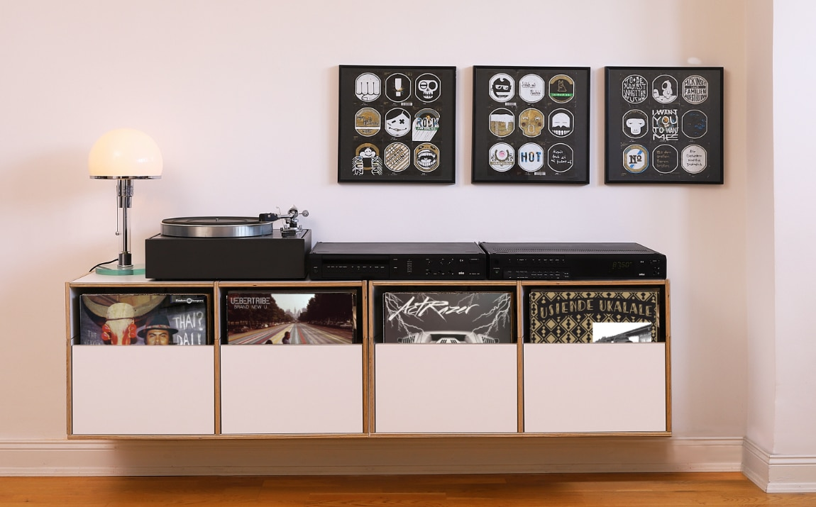 Rio Regal Hifi-regal | Hängendes Lp-regal Mit Equipment | Rio-regalsystem