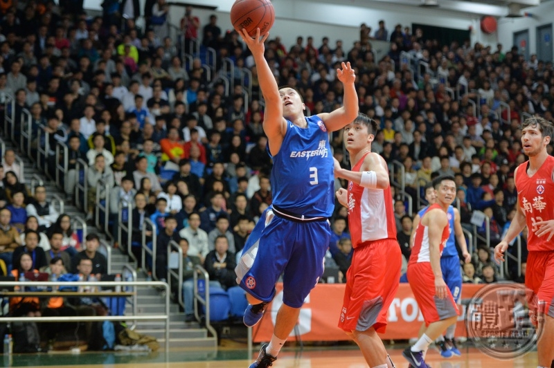 basketball_scaa_eastern20160329_03