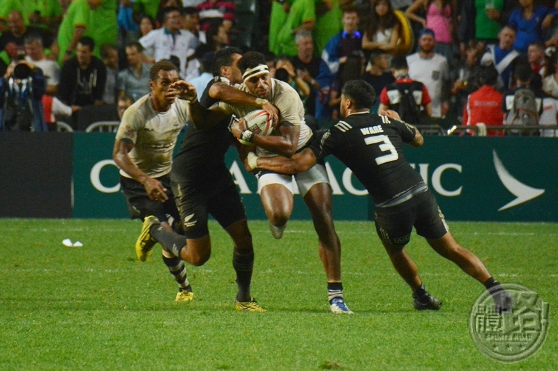 rugby7s_hk_cup_final_fiji_newzealand_20160410-11
