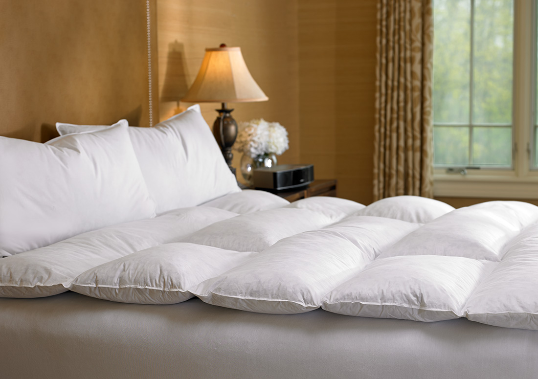Gel Topper 200x200 Ritz Carlton Hotel Shop Featherbed Luxury Hotel Bedding Linens And Home Decor