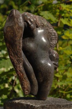 sculpture de femme - sensualité - ange