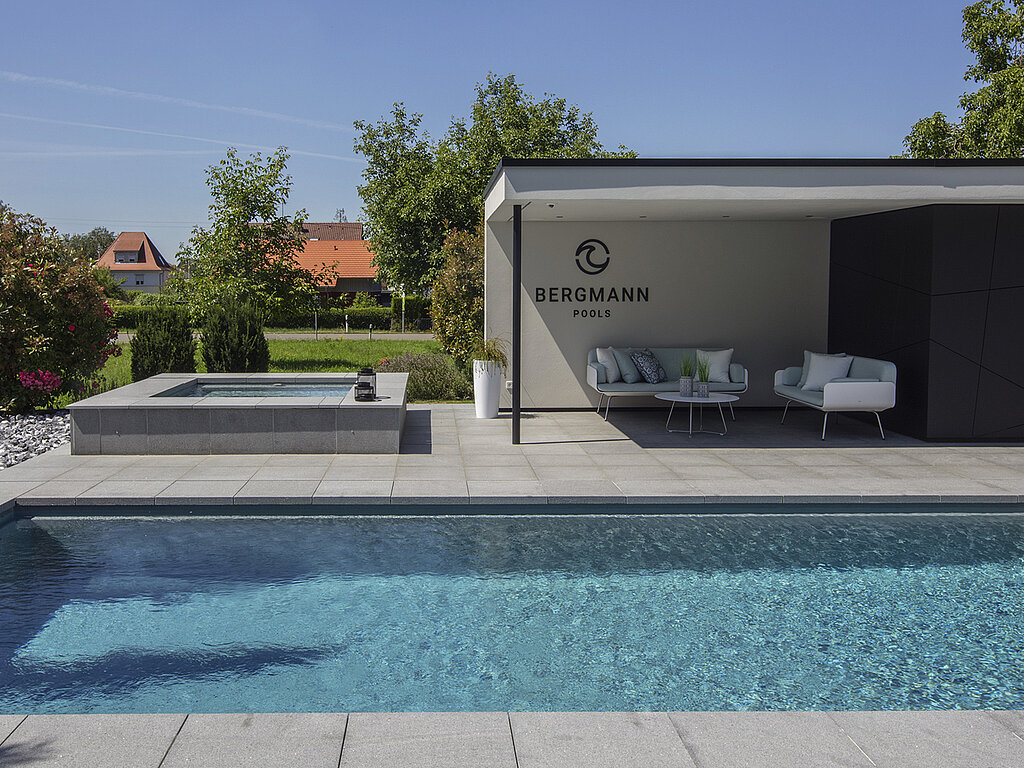 Pool Garten Your Rivierapool Propartner At Lake Constance - Swimming Pool Construction In Unteruhldingen