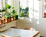 10 Creative Ways to Style Up Your Windowsill (10 photos)