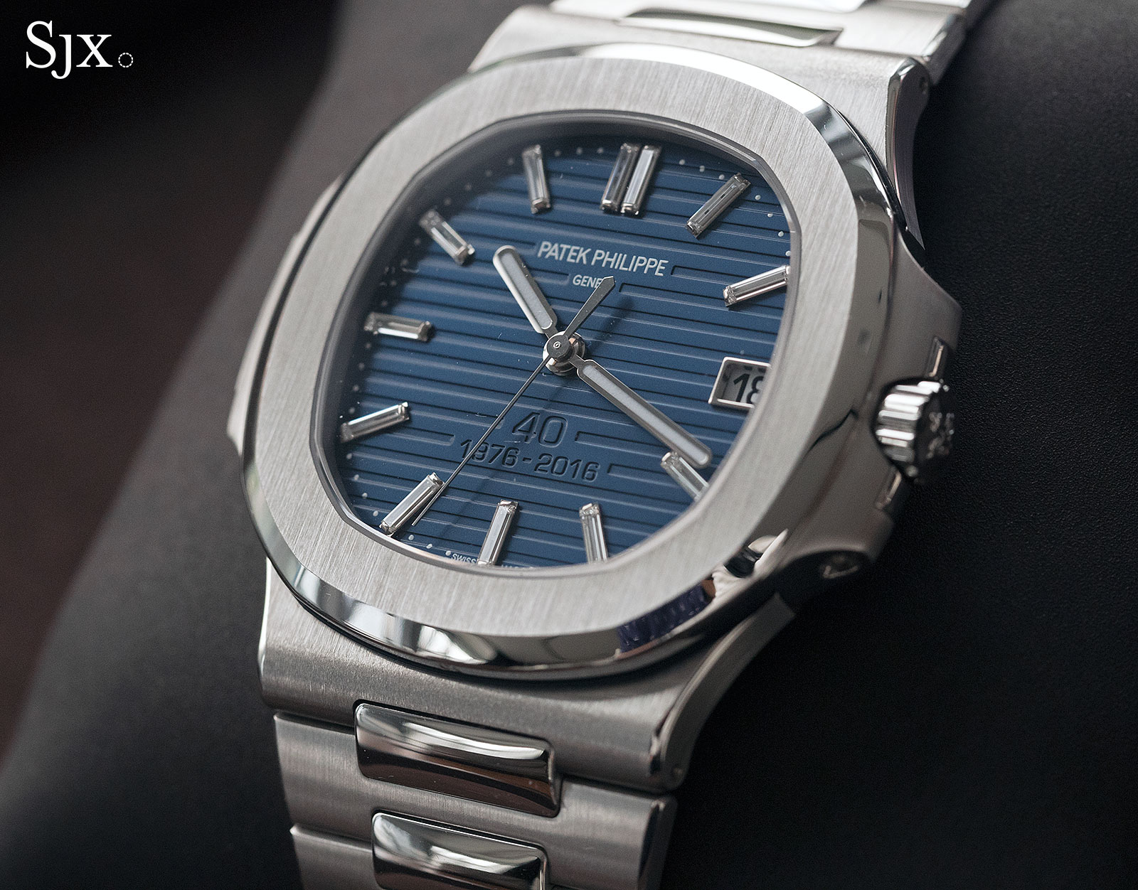 Movement Replica Swiss Watch Up Close With The Patek Philippe Nautilus Replica Watches Cheap