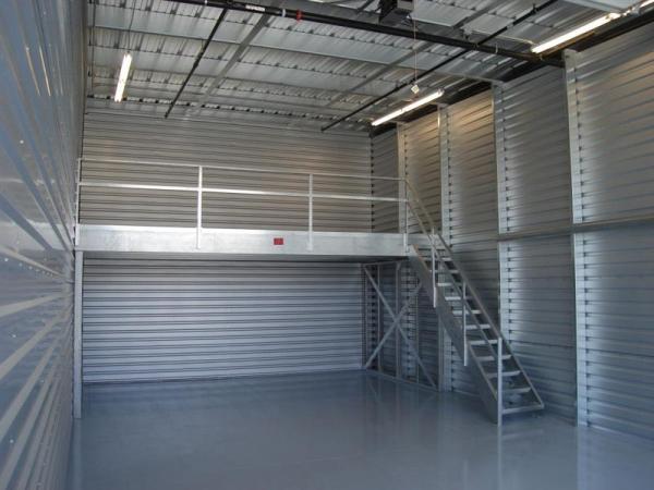 Garage ...