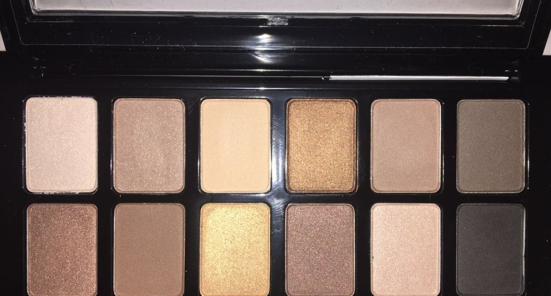 Maybelline The Nudes Eye Shadow Palette (with flash)