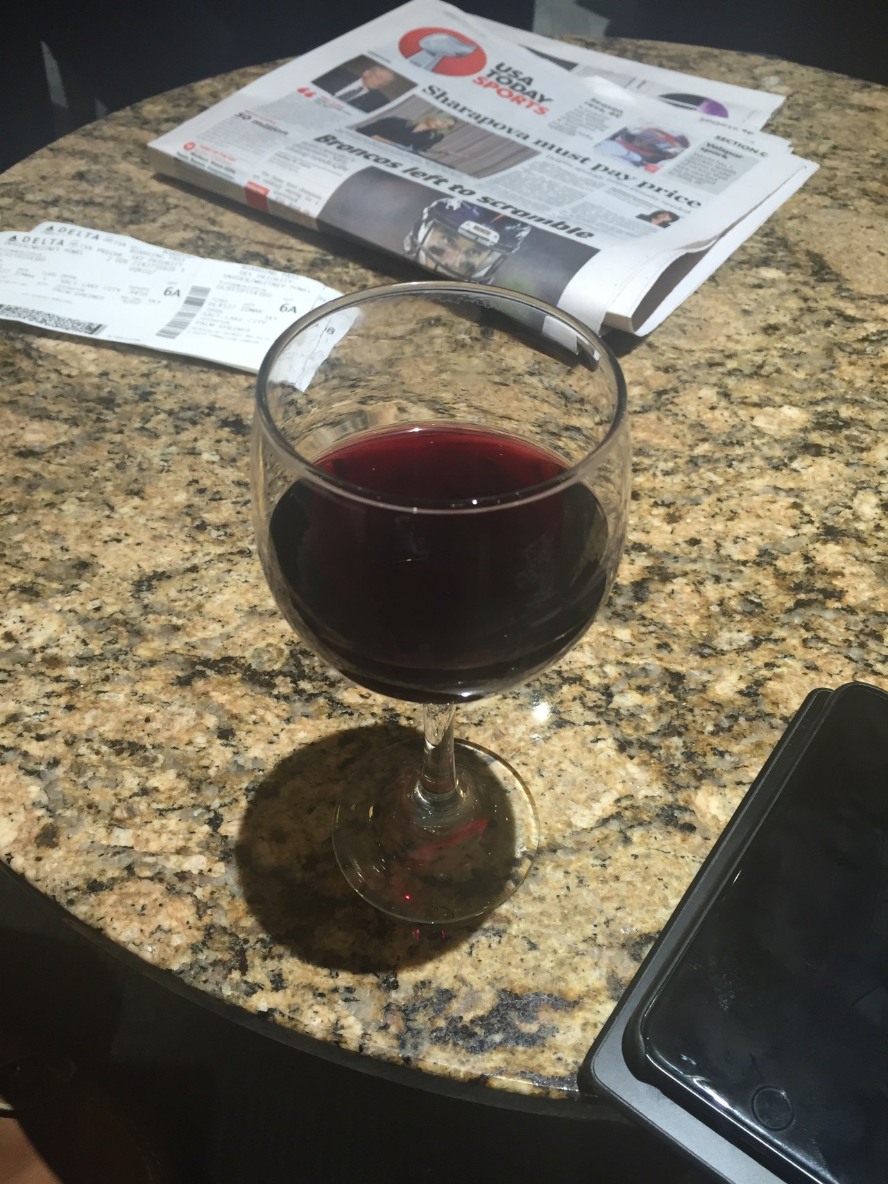 Nine Hours, a Republican Debate, and Plenty of Booze in the Salt Lake City Airport