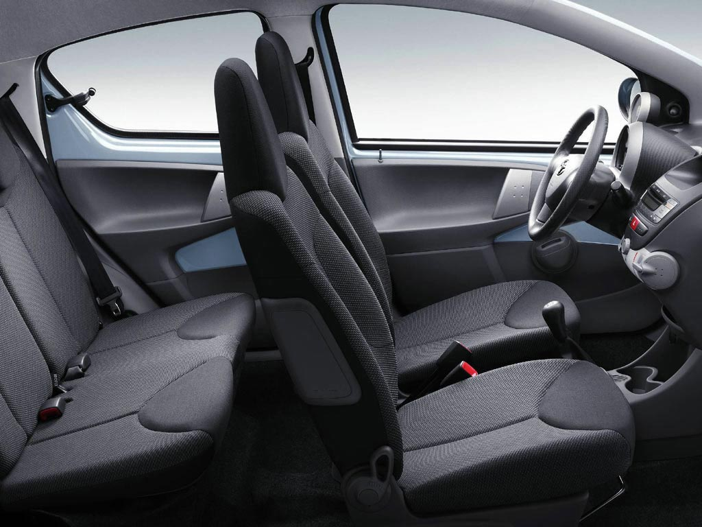 Interieur Toyota Aygo Toyota Aygo Review And Photos