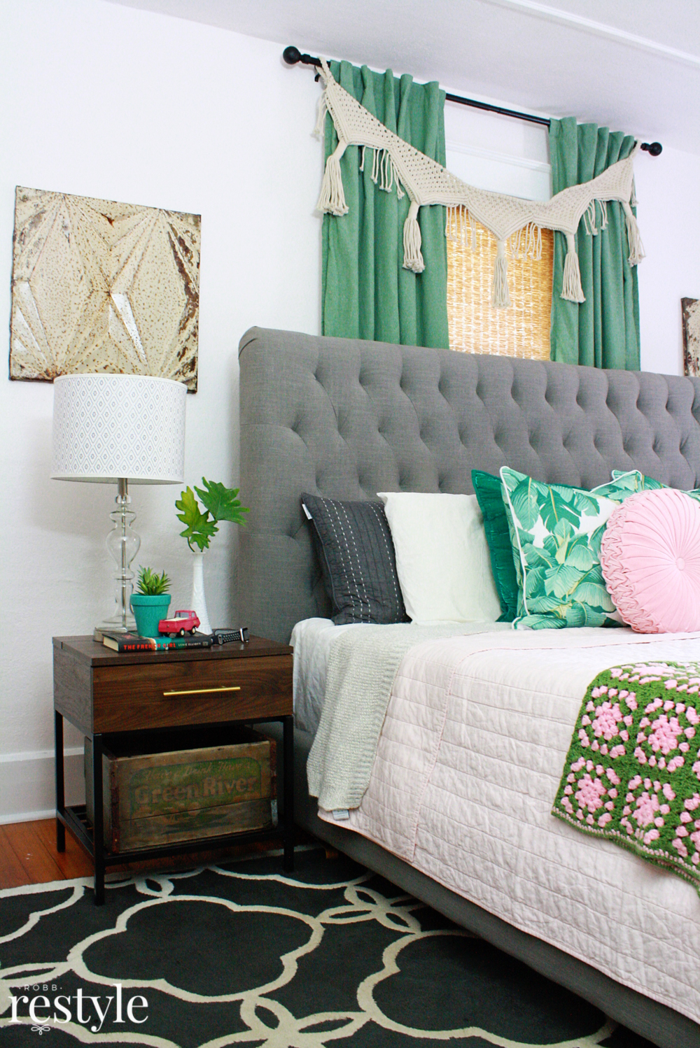 Boho Bedroom Pink Green Boho Bedroom Makeover Robb Restyle