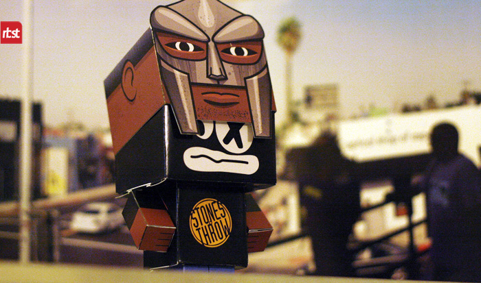 Papercraft: RBST x Cubeecraft MF DOOM (KMD) w/Removable Mask (4/6)