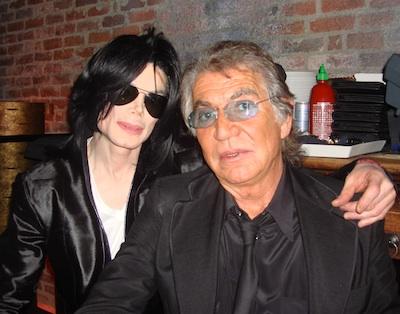 Roberto Cavalli parla di MJ su Vogue UK Roberto-Cavalli-with-Michael-Jackson
