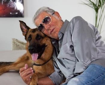 Όταν ο Roberto πηγαίνει βόλτα με τον Lupo...