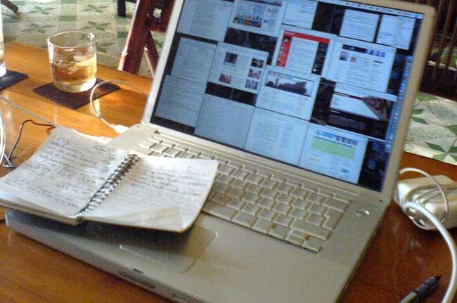 Web journalism