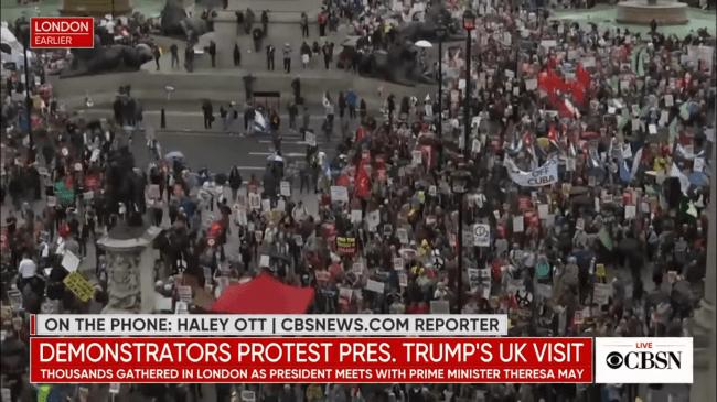 Trump protest (foto CBSNews)