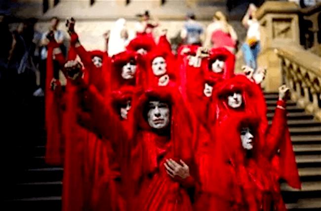 Red Brigade (foto talesofyoni)