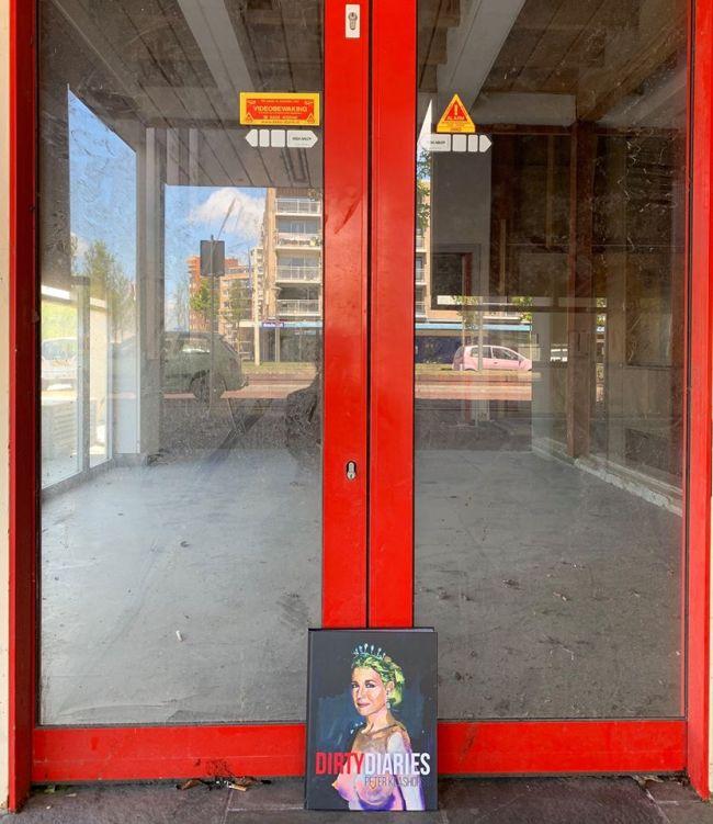 Afgesloten entree Rob Scholte Museum (foto Jaap Holtzapffel)