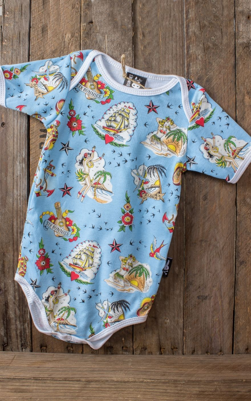 Babygeschenk Six Bunnies Baby Geschenk Set Aloha Sailor Hawaii