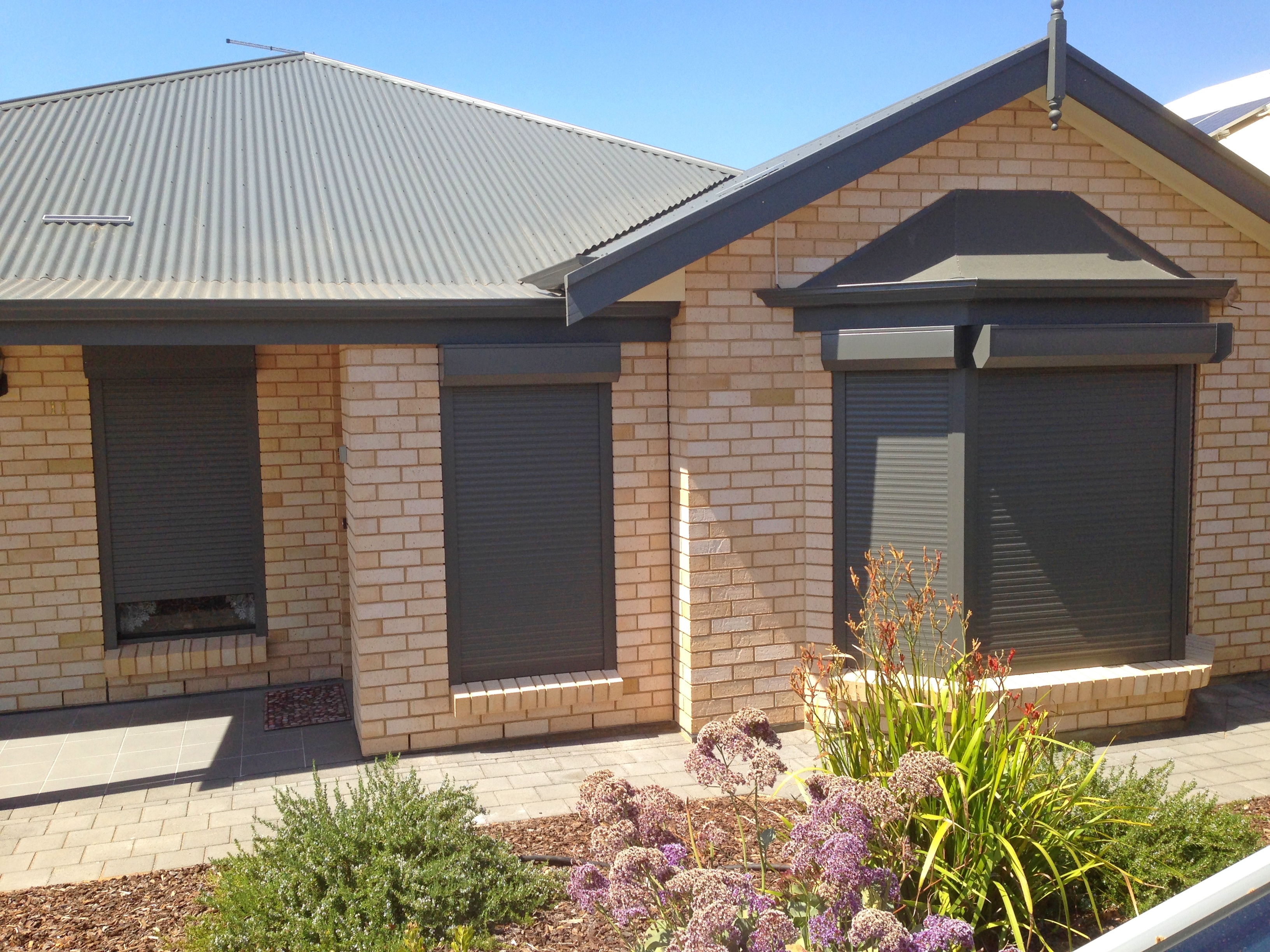 Bunnings Robes Rollershutters Windows3 Rockingham City Robes And Security