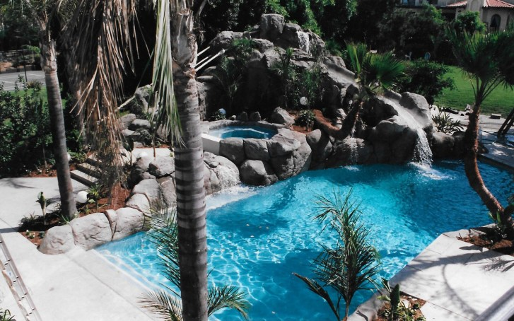 swimming pools fish ponds (13)