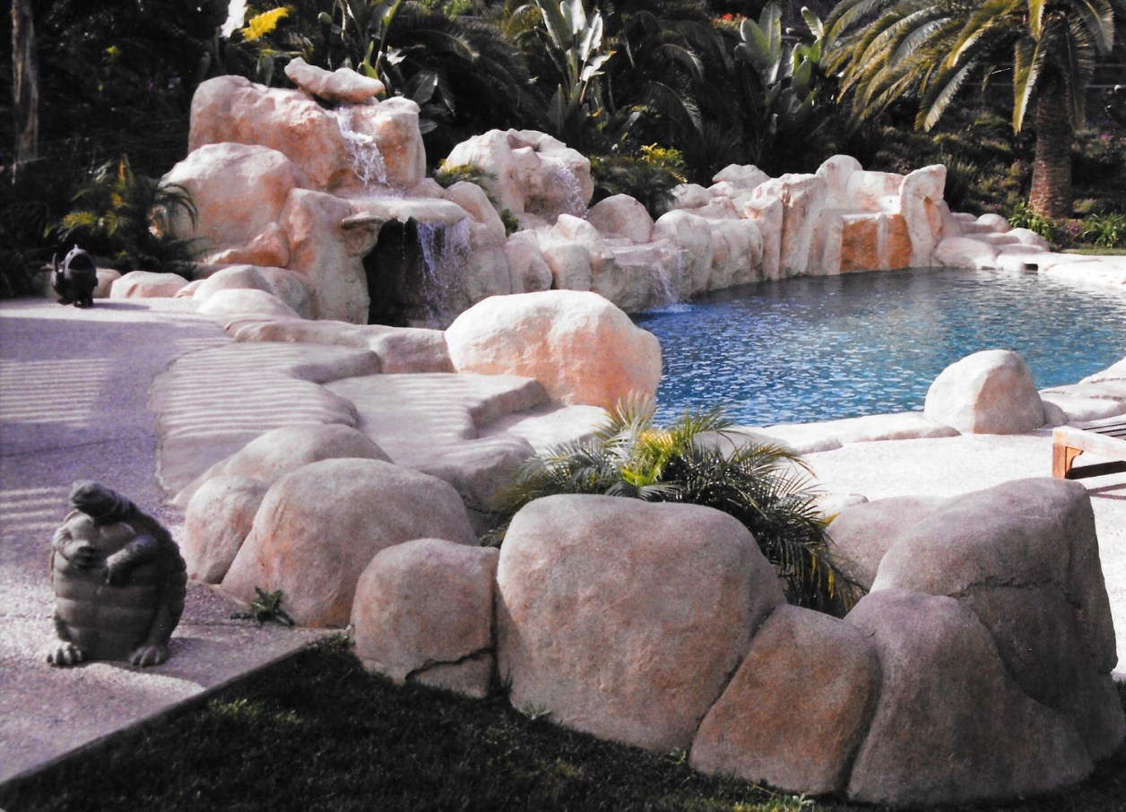 swimming pools fish ponds (9)