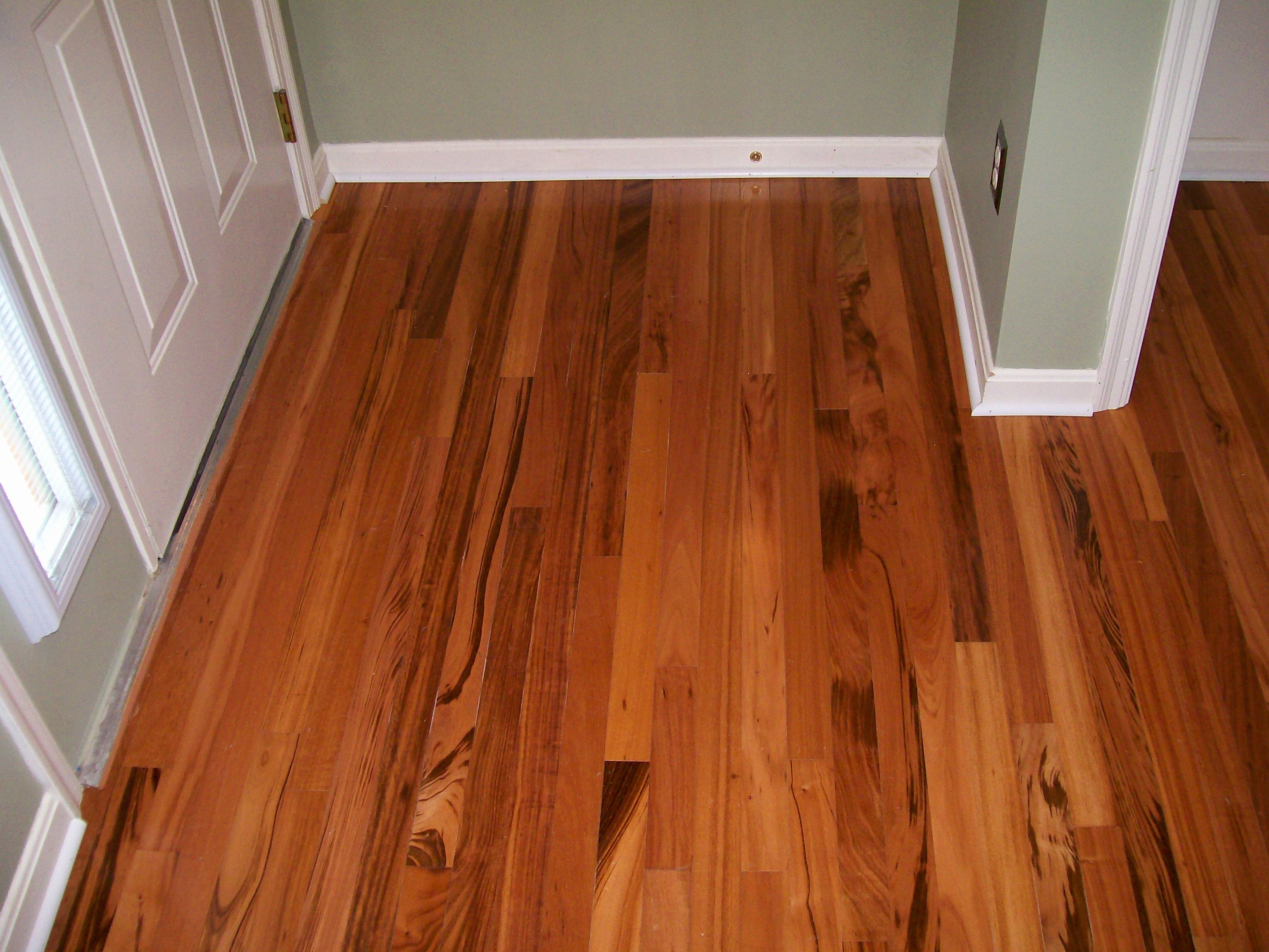 Laminate Flooring Labor Cost Per Square Foot | Floor Roma