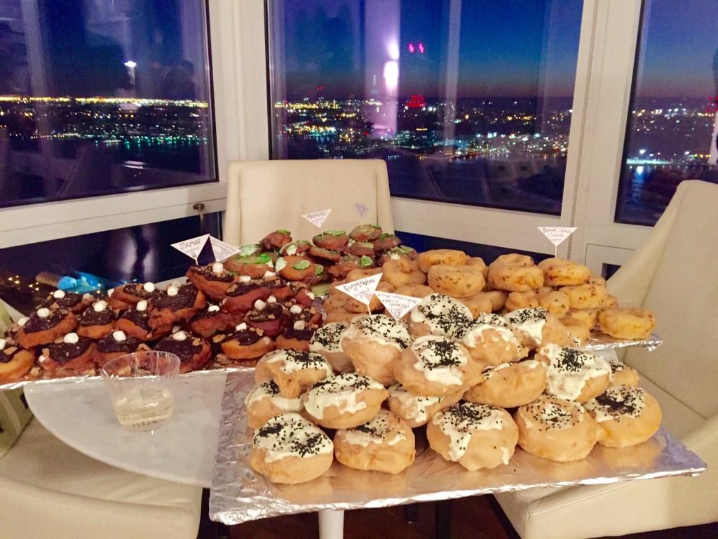 gourmet-handmade-doughnuts-nyc-night-view