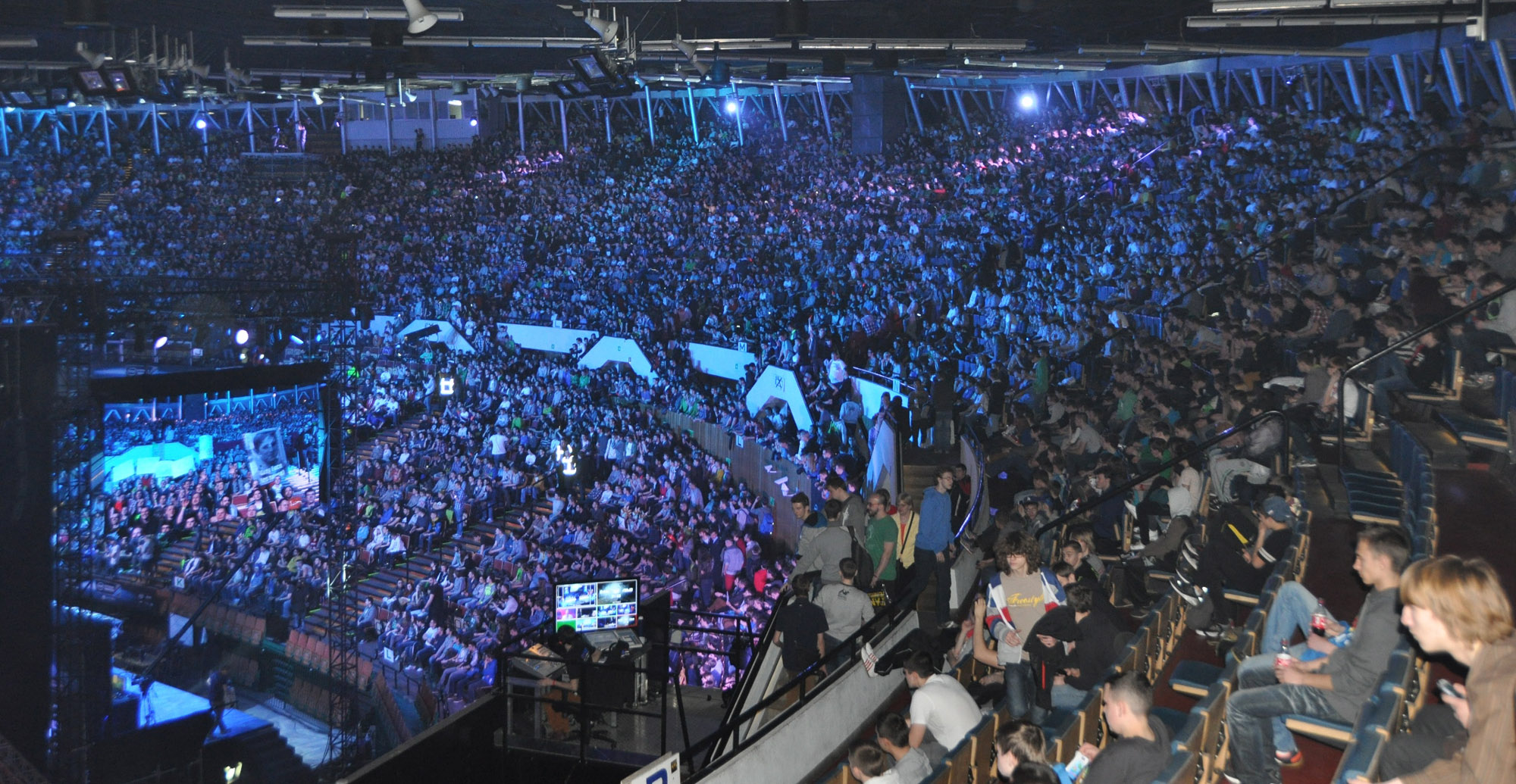 Asus Rog Wallpaper Hd Gallery Intel Extreme Masters 2014 Republic Of Gamers