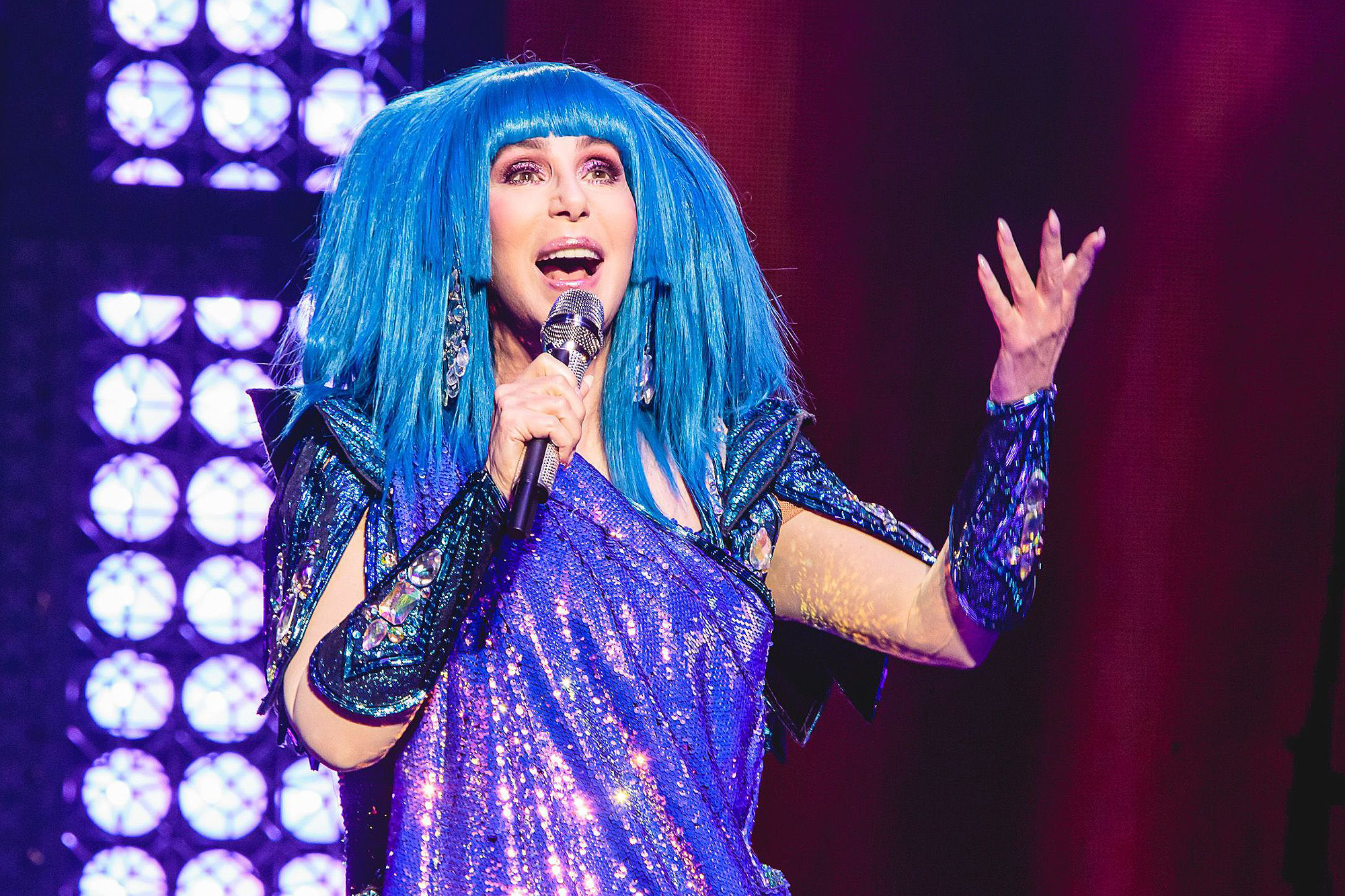 Cher Extends Here We Go Again Tour Into 2020 Rolling Stone