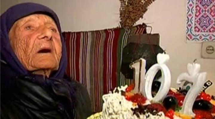 Ea este una din cele mai bătrâne femei din România. A implinit 107 ani. Vezi care e secretul longevitatii ei:
