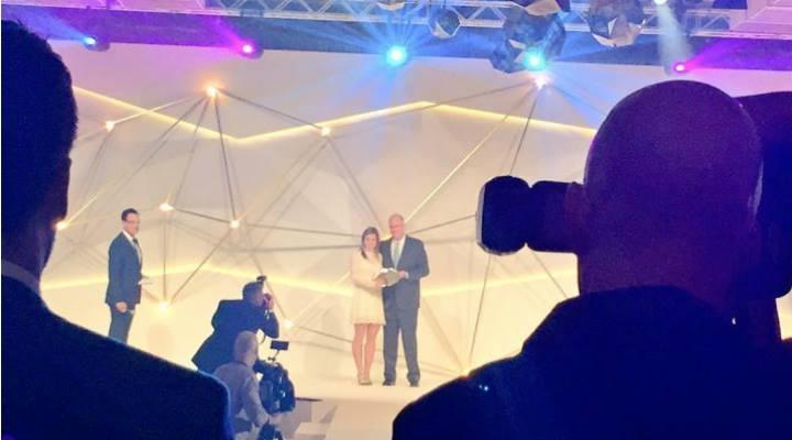 FELICITĂRI! Simona Halep, recompensată pentru promovarea tenisului feminin în lume. Românca a primit premiul WTA Diamond ACES 2016