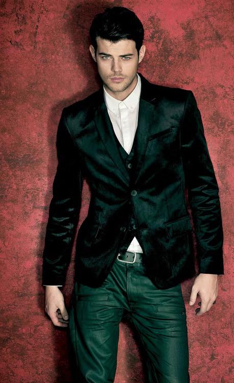 men style velvet looks 17