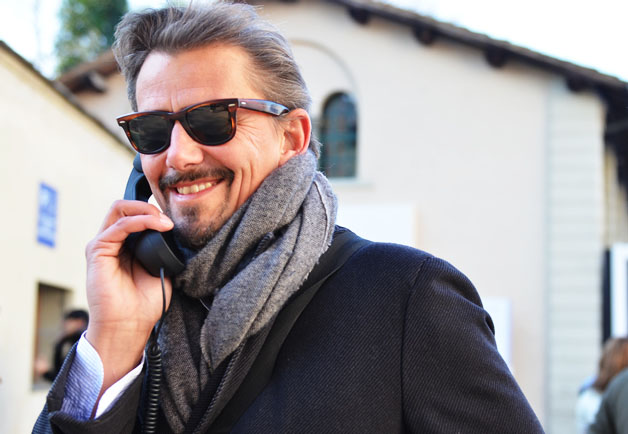 pitti uomo phone time 2