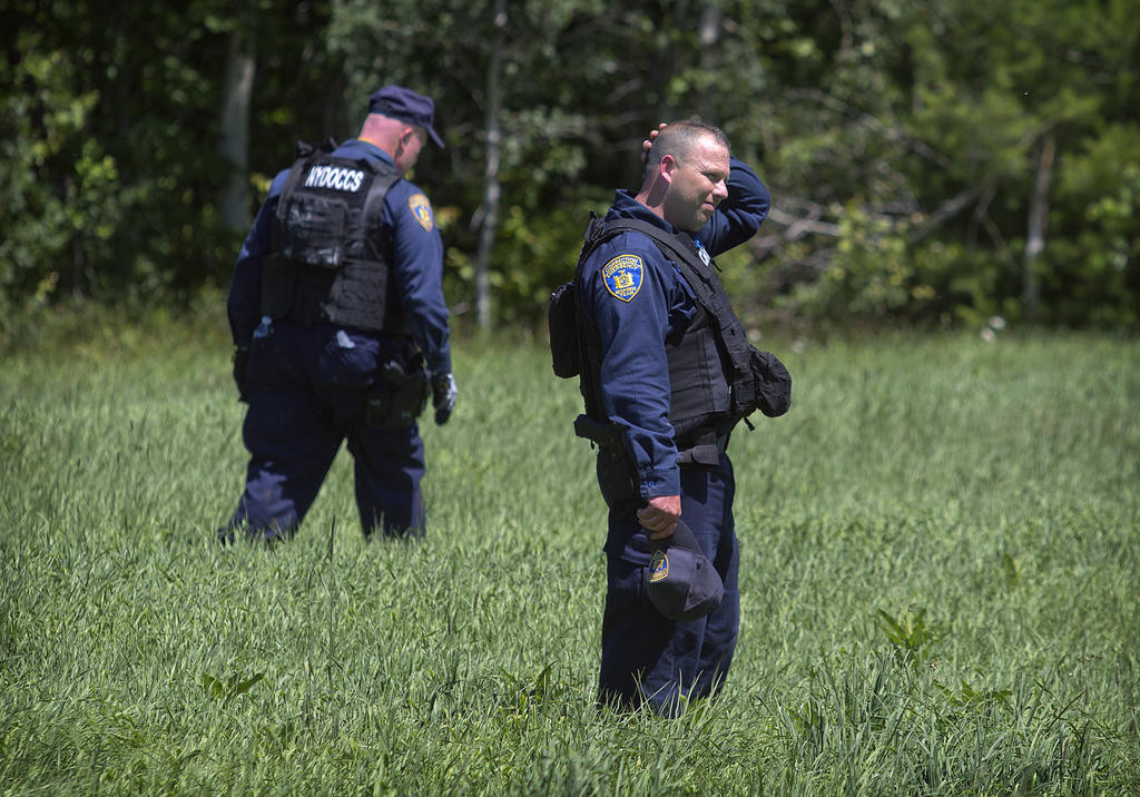 One killer fatally shot; second on run Rome Daily Sentinel