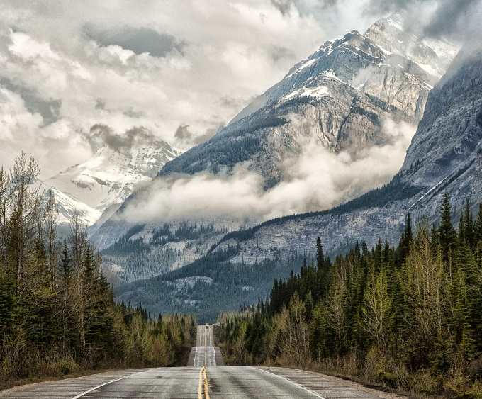 Rainy Day Girl Live Wallpaper Road To The Clouds Banff National Park Alberta Canada