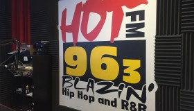 HOT 963 STUDIO LOGO
